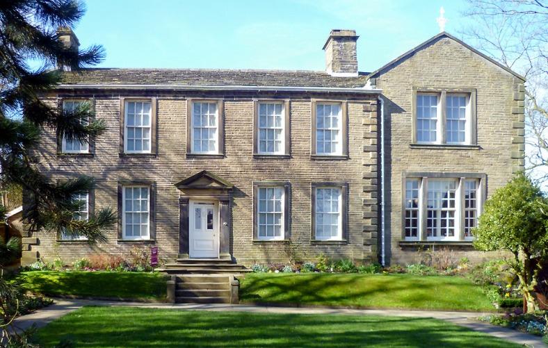 La casa de los Brontë en Haworth, que alberga el museo de la familia.